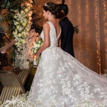 Elegant Wedding dress Adelaide 6