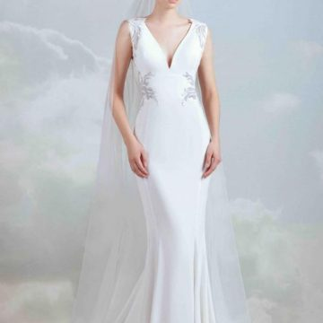 Elegant Wedding dress Adelaide 2